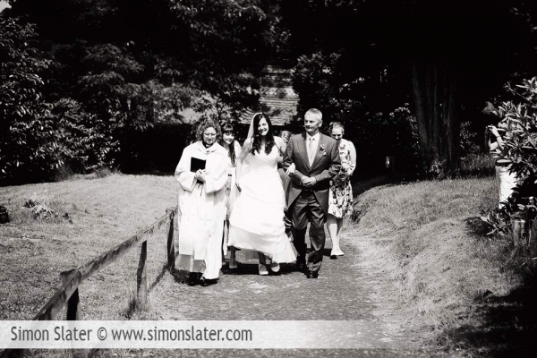 all-saints-church-tilford-bonhams-farm-wedding-photographer-009