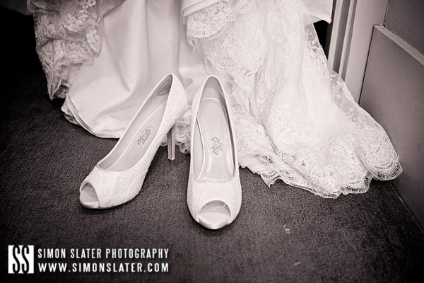 bush-hotel-wedding-photographer-farnham-surrey-001