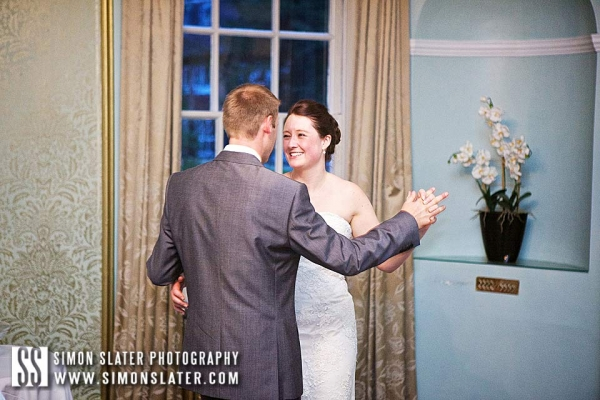 bush-hotel-wedding-photographer-farnham-surrey-039
