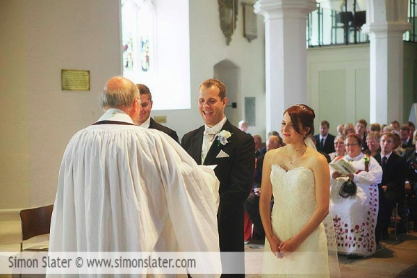 frensham-ponds-hotel-wedding-photographer-surrey-simon-slater-photography-012