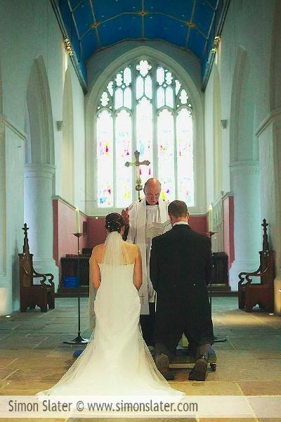 frensham-ponds-hotel-wedding-photographer-surrey-simon-slater-photography-016