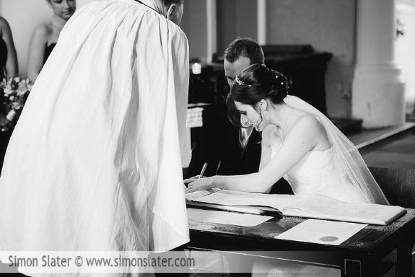 frensham-ponds-hotel-wedding-photographer-surrey-simon-slater-photography-017