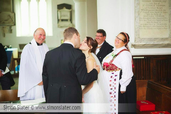 frensham-ponds-hotel-wedding-photographer-surrey-simon-slater-photography-018
