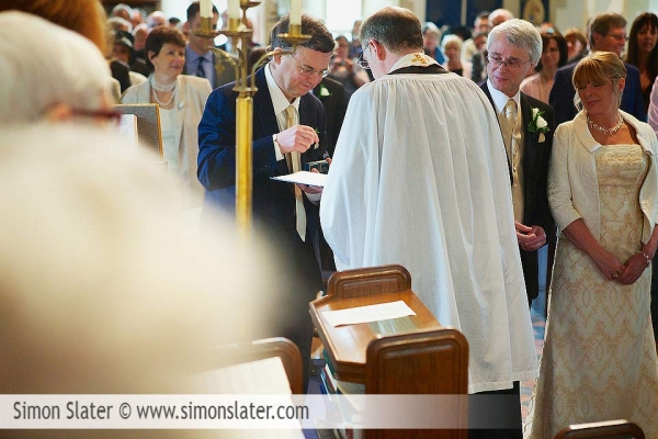 st-james-church-rowledge-surrey-wedding-photographer-simon-slater-012