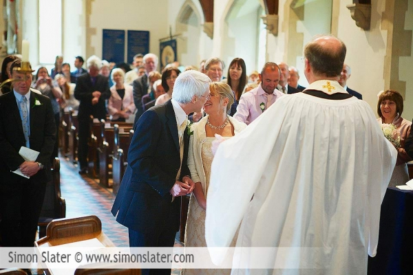 st-james-church-rowledge-surrey-wedding-photographer-simon-slater-014