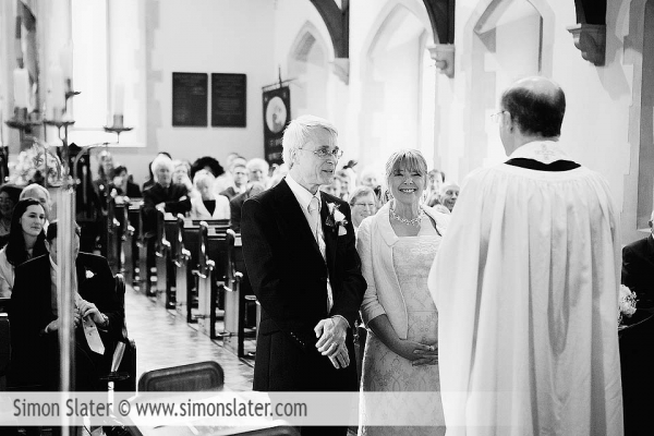st-james-church-rowledge-surrey-wedding-photographer-simon-slater-016