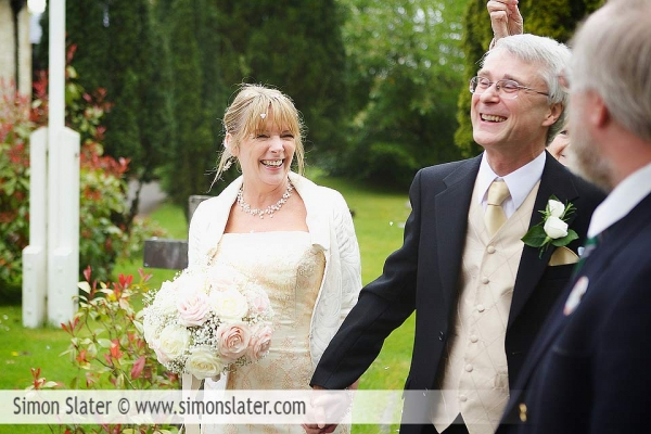 st-james-church-rowledge-surrey-wedding-photographer-simon-slater-022