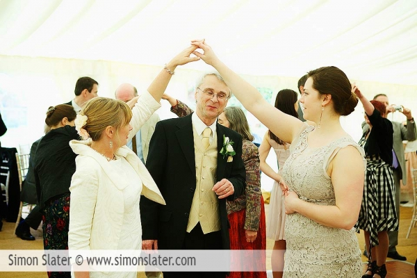 st-james-church-rowledge-surrey-wedding-photographer-simon-slater-049