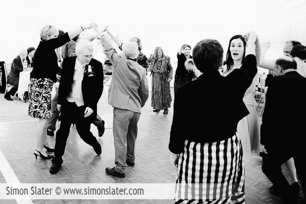 st-james-church-rowledge-surrey-wedding-photographer-simon-slater-050