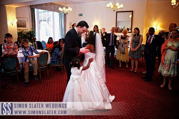 surrey-wedding-photographer-county-club-guildford-39