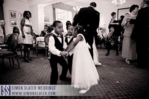 surrey-wedding-photographer-county-club-guildford-43