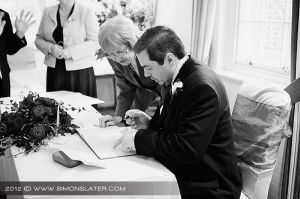 Wedding Photography-West Sussex Wedding Photographer-Spread Eagle Hotel_015.jpg